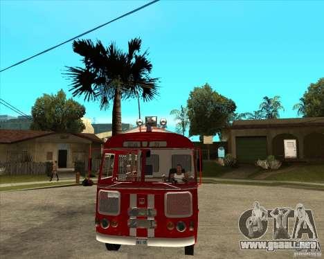 Bombero PAZ 672 para GTA San Andreas vista hacia atrás