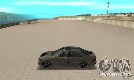 Mercedes Benz AMG S65 DUB para GTA San Andreas left