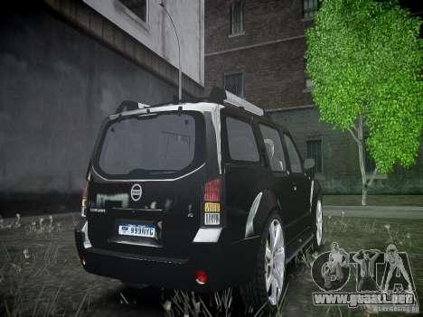 Nissan Pathfinder 2010 para GTA 4 vista hacia atrás