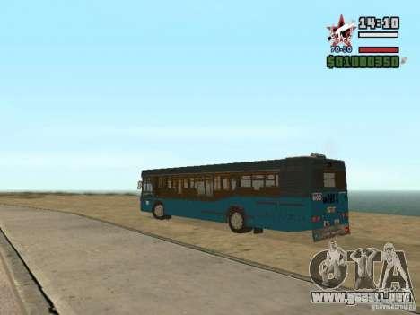 MAZ-103S para GTA San Andreas vista hacia atrás
