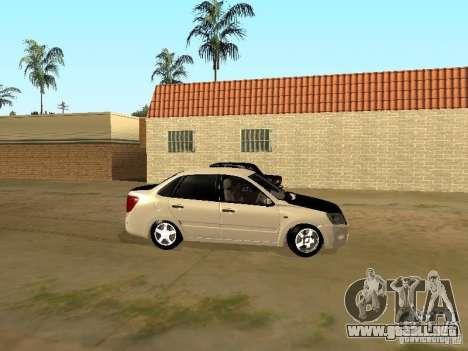 Lada Grant para GTA San Andreas vista posterior izquierda