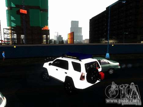 Toyota 4Runner 4X4 para GTA San Andreas left