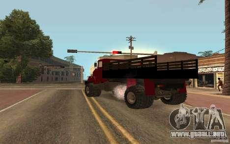 KrAZ 5131 para GTA San Andreas vista posterior izquierda