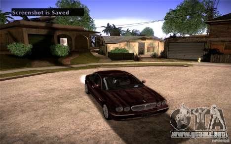 Jaguar Xj8 para GTA San Andreas vista hacia atrás