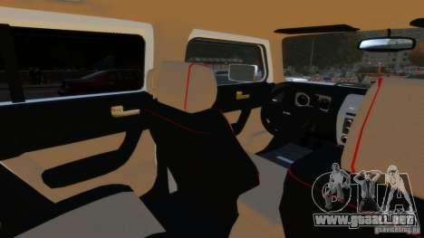 Hummer H3 2005 Gold Final para GTA 4 vista hacia atrás