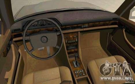 Mercedes Benz 560SEL w126 1990 v1.0 para GTA San Andreas vista hacia atrás
