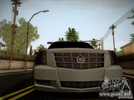 Cadillac Escalade ESV Platinum para la visión correcta GTA San Andreas