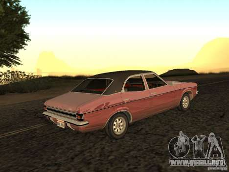 Ford Cortina MK 3 2000E para GTA San Andreas left