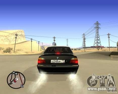 BMW 740il e38 para GTA San Andreas vista posterior izquierda