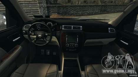 Chevrolet Suburban GMT900 2008 v1.0 para GTA 4 vista hacia atrás
