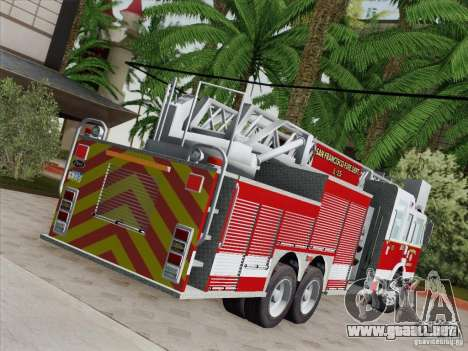 Pierce Aerials Platform. SFFD Ladder 15 para vista inferior GTA San Andreas