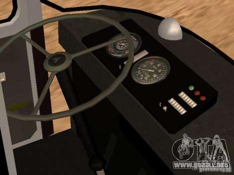 LAZ 695 para vista lateral GTA San Andreas