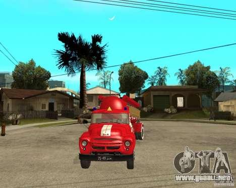 El camión de bomberos AB-6 (130В1) para GTA San Andreas vista hacia atrás