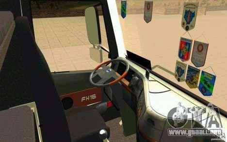 Volvo FH16 Globetrotter TNT para la visión correcta GTA San Andreas