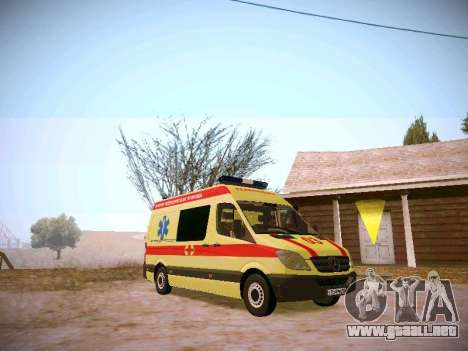 Mercedes Benz Sprinter Ambulance para GTA San Andreas vista posterior izquierda