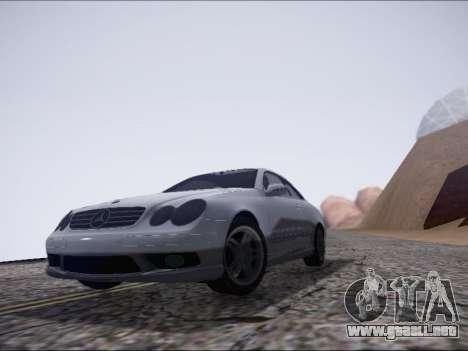 Mercedes-Benz CLK para GTA San Andreas left