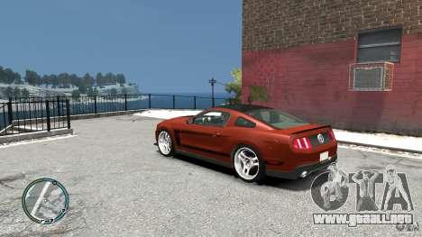 Ford Mustang Boss 302 2012 para GTA 4 Vista posterior izquierda