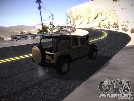 Jeep Wrangler Rubicon Unlimited 2012 para GTA San Andreas vista posterior izquierda