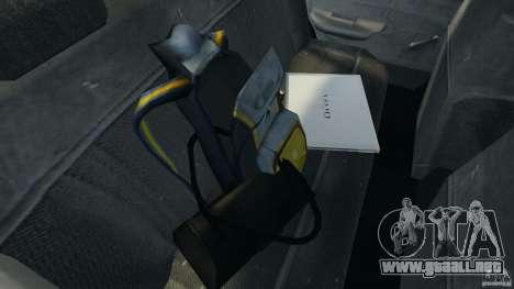 Mercury Tracer 1993 v1.1 para GTA 4 vista desde abajo