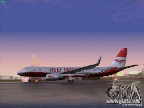Tupolev Tu-204 Red Wings Airlines para GTA San Andreas left