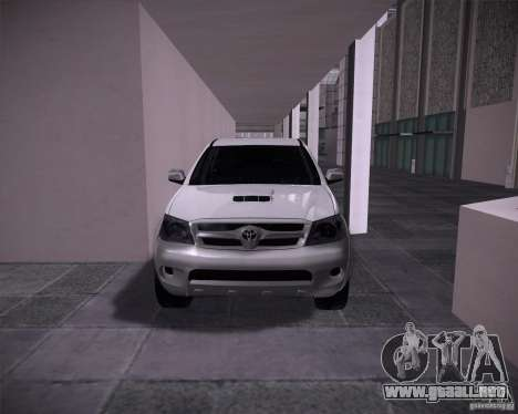 Toyota Hilux para GTA San Andreas left