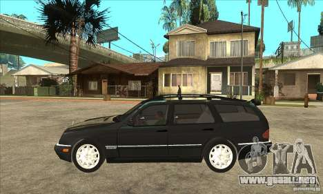 Mercedes-Benz W210 E320 1997 para GTA San Andreas left