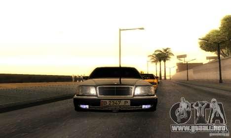 Mercedes-Benz W124 E420 AMG para GTA San Andreas vista hacia atrás