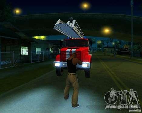 ZIL 4334 Al-30 para GTA San Andreas left