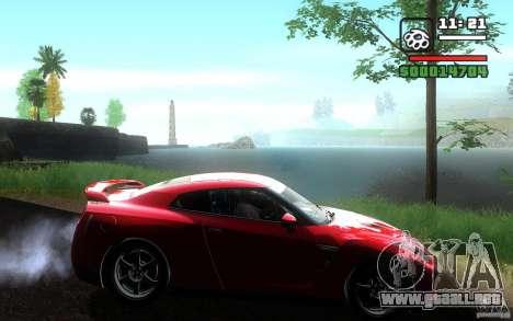 Nissan GTR R35 Spec-V 2010 para GTA San Andreas vista posterior izquierda