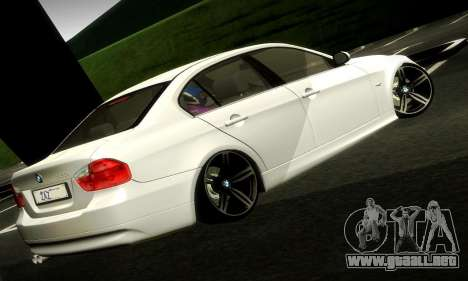 BMW 330 E90 para GTA San Andreas left