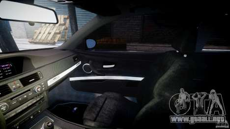 BMW M3 E92 stock para GTA 4 vista interior