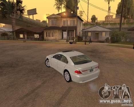 BMW 760I 2002 para GTA San Andreas left