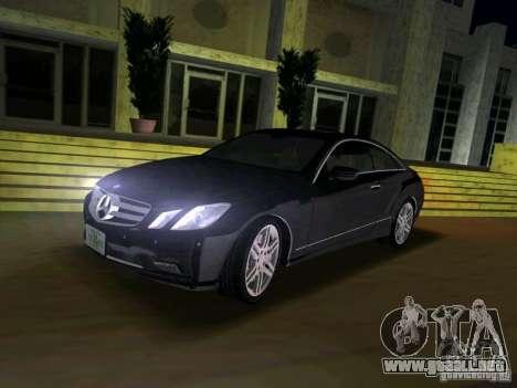 Mercedes-Benz E Class Coupe C207 para GTA Vice City visión correcta