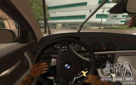 BMW 120i para GTA San Andreas vista hacia atrás