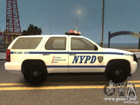 Chevrolet Tahoe NYPD V.2.0 para GTA 4 visión correcta