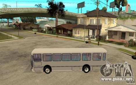 Rocar De Simon 412-260 para GTA San Andreas left
