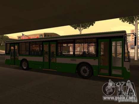 LIAZ 5292.20 para GTA San Andreas left
