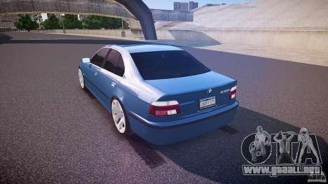 BMW 530I E39 e63 white wheels para GTA 4 Vista posterior izquierda