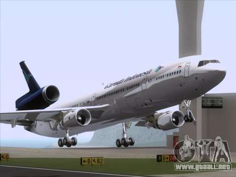 McDonnell Douglas MD-11 Garuda Indonesia para GTA San Andreas left