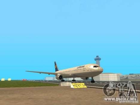 Boeing 767-300 Lufthansa para GTA San Andreas left