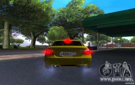 BMW M5 Gold Edition para GTA San Andreas vista hacia atrás
