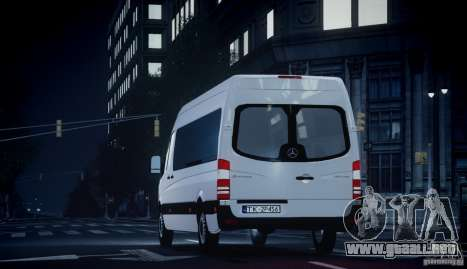 Mercedes-Benz Sprinter Long para GTA 4 visión correcta