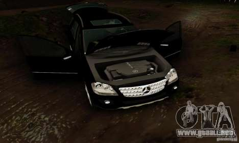 Mercedes-Benz ML500 para visión interna GTA San Andreas