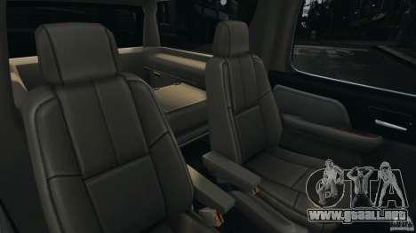 Chevrolet Suburban GMT900 2008 v1.0 para GTA 4 vista lateral