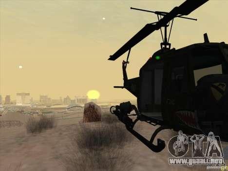 Helicóptero Huey de call of duty ops negro para GTA San Andreas vista hacia atrás