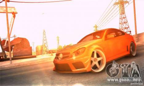 Mercedes Benz C63 AMG para vista lateral GTA San Andreas