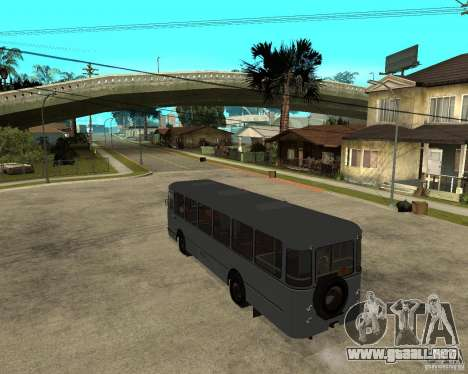 677 LIAZ para GTA San Andreas left
