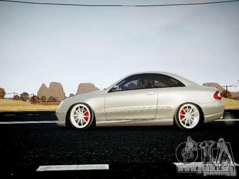 Mercedes-Benz CLK63 AMG Final para GTA 4 Vista posterior izquierda