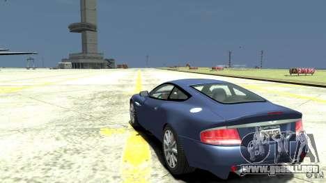 Aston Martin Vanquish S para GTA 4 Vista posterior izquierda