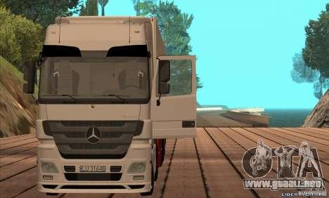 Mercedes-Benz Actros MP3 para GTA San Andreas vista posterior izquierda